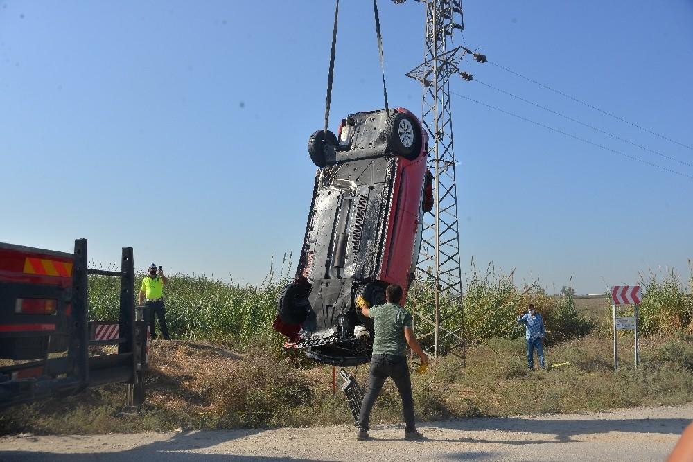 2020/10/songul-paksoy-trafik-kazasinda-hayatini-kaybetti-20201031AW15-1.jpg