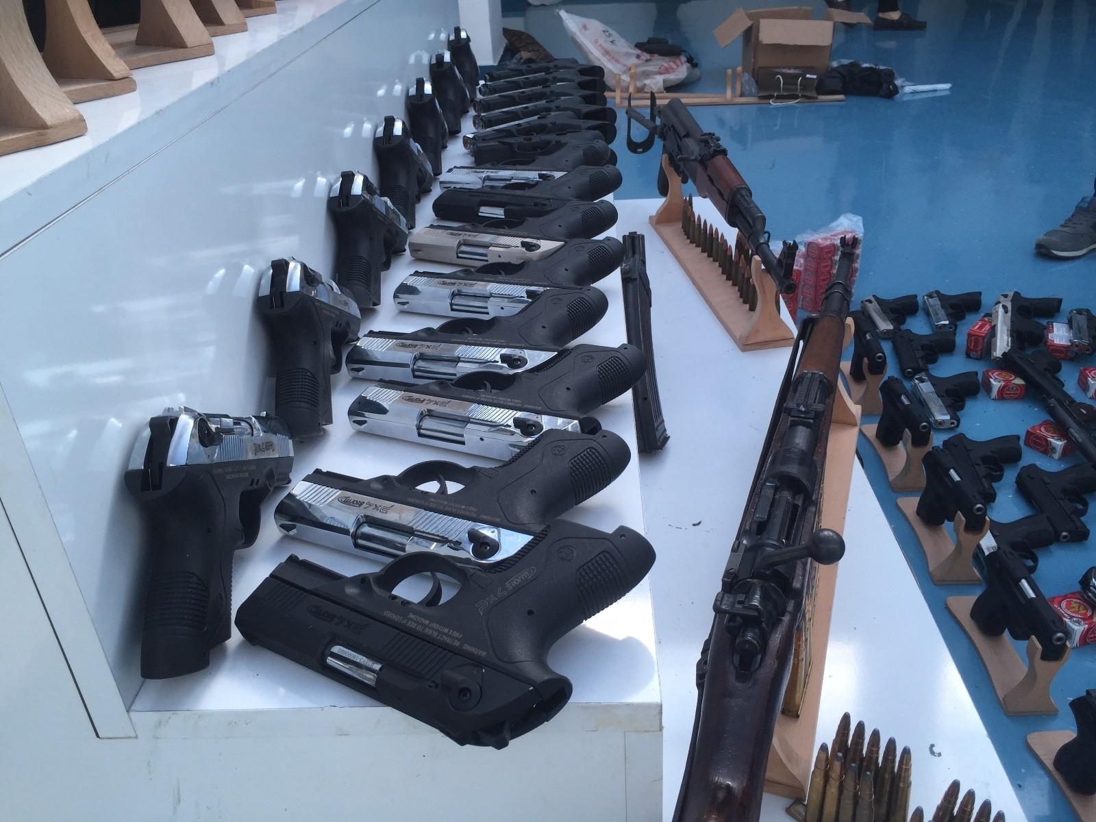2021/04/silah-kacakciligi-operasyonu-20210427AW30-2.jpg