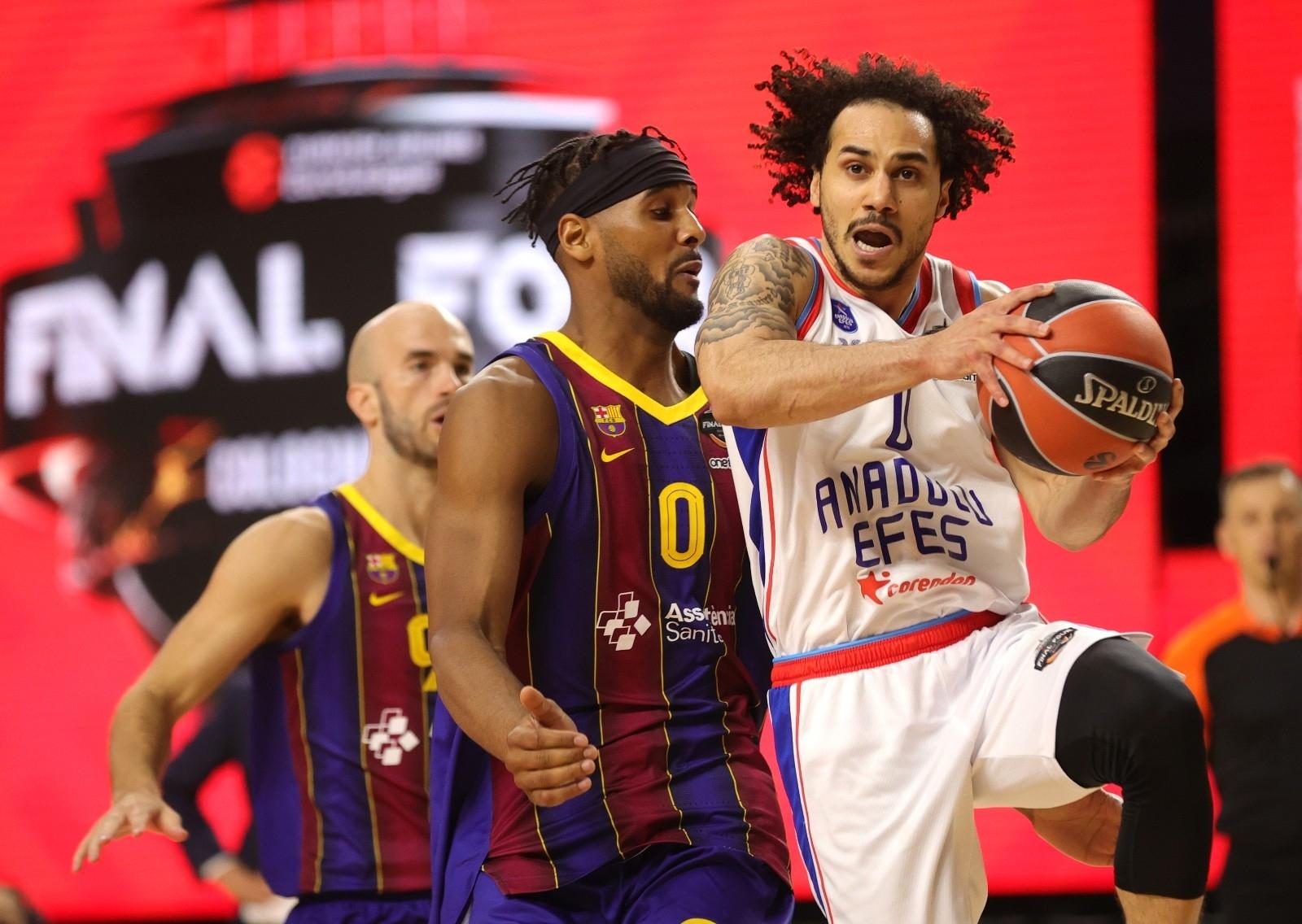 2021/05/basketbolda-avrupanin-en-buyugu-anadolu-efes-20210530AW33-1.jpg
