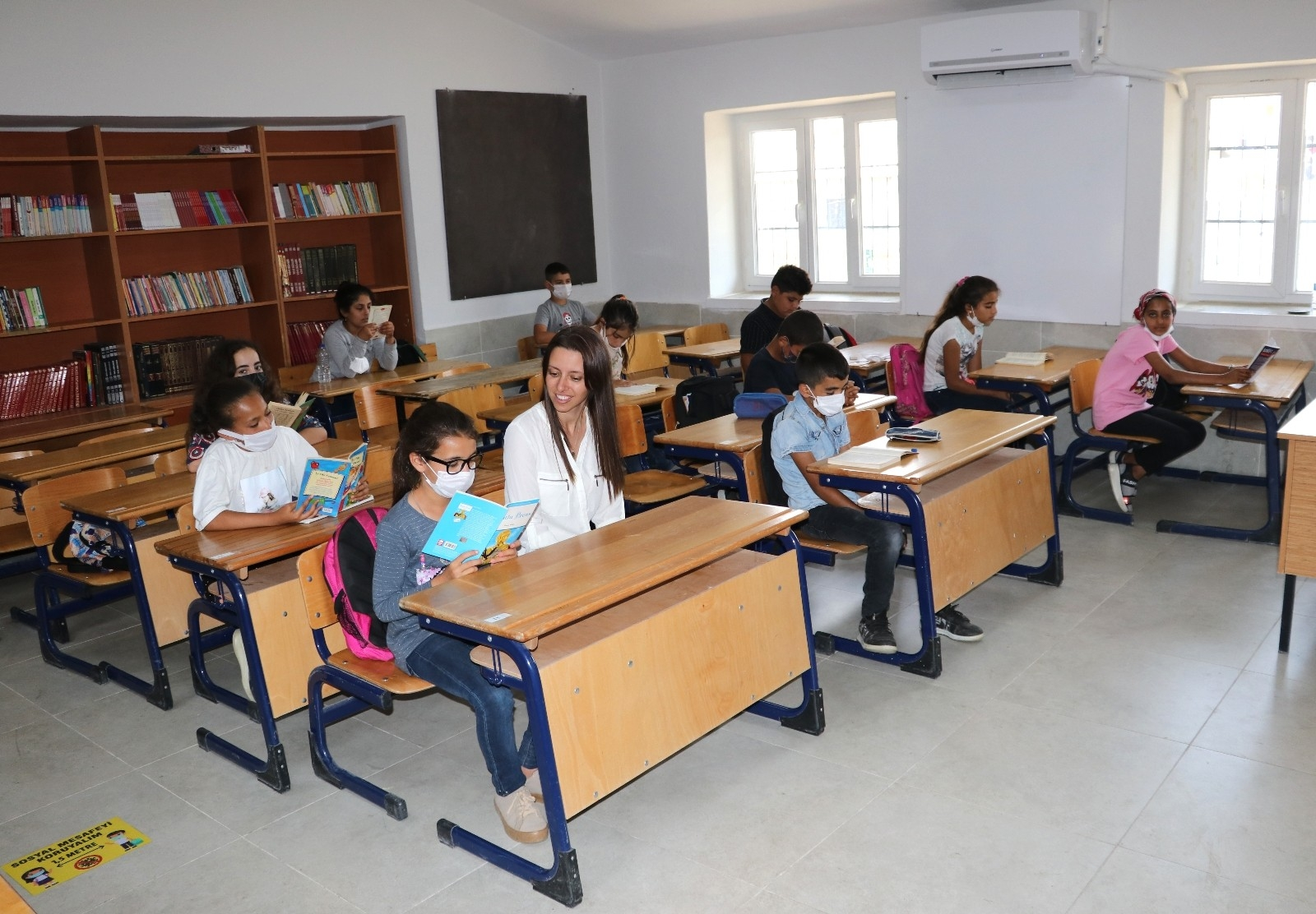 2021/06/okul-mudiresi-atandigi-harabe-koy-okuluna-adeta-hayat-verdi-20210610AW34-2.jpg